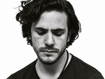 Jack Savoretti + The Dirty Romantics + Karima Francis + Girl picture