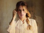 Lucie Silvas artist photo