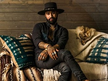 I Am Bear: Nahko picture