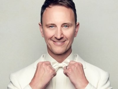 Ian Waite artist photo