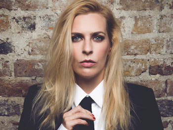 Animal: Sara Pascoe picture