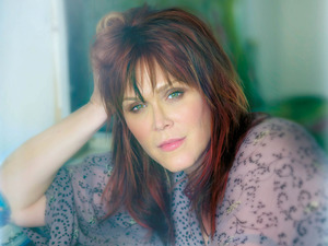 Beth Hart artist photo