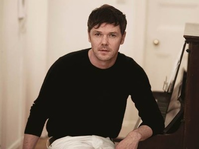 Roddy Woomble artist photo
