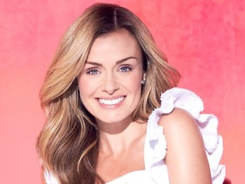 An Evening Of Christmas Classics: Katherine Jenkins, National Symphony Orchestra picture
