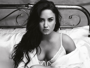 Demi Lovato artist photo